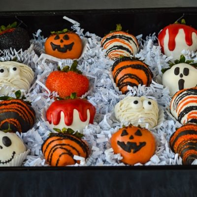 Halloween Chocolate Covered Strawberries in gift box