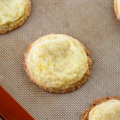 lemon sugar cookie up close